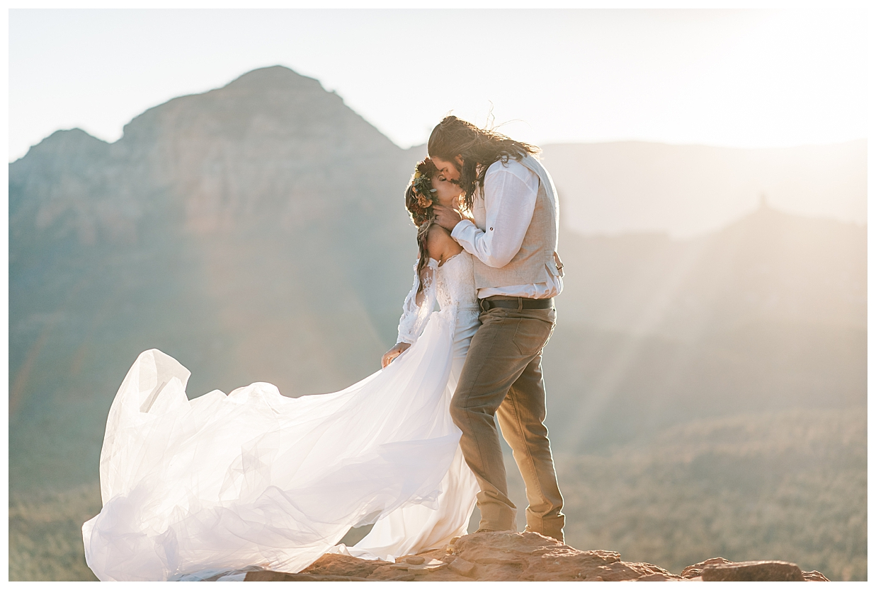 xsperience Photography captures romance and a stunning calla blanche gown at sunrise in Sedona Arizona